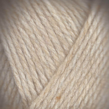 Paradise Fibers Lamb's Pride Superwash Worsted Oats 'n Cream