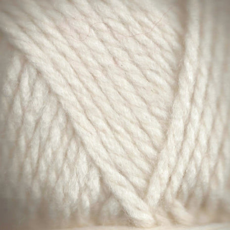 Paradise Fibers Lamb's Pride Superwash Bulky Alabaster