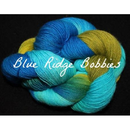 Paradise Fibers Yarn Done Roving Frolicking Feet Sock Yarn Blue Ridge Bobbies - 1