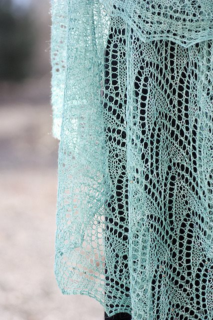 Romi Hill Meeks Bay Shawl Pattern  - 11