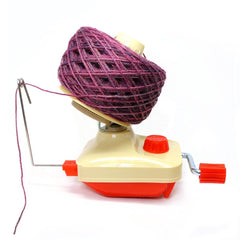 Paradise Fibers Hand-Operated Easy Yarn Ball Winder 4-Ounce - 2