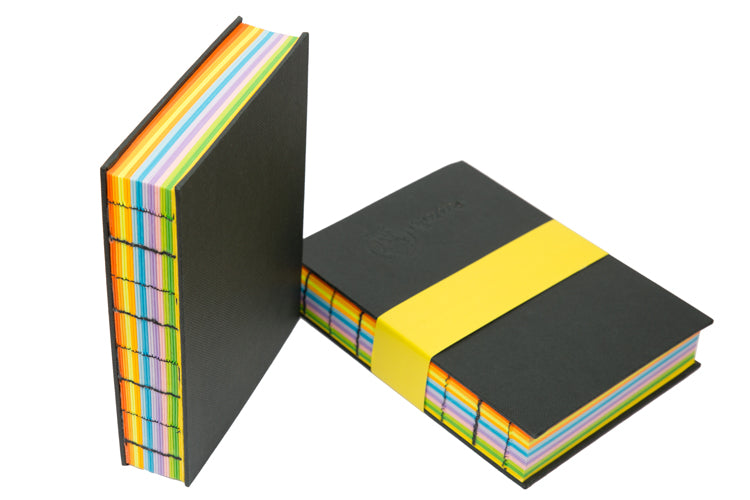 BLACK 12 COLOUR BOOK