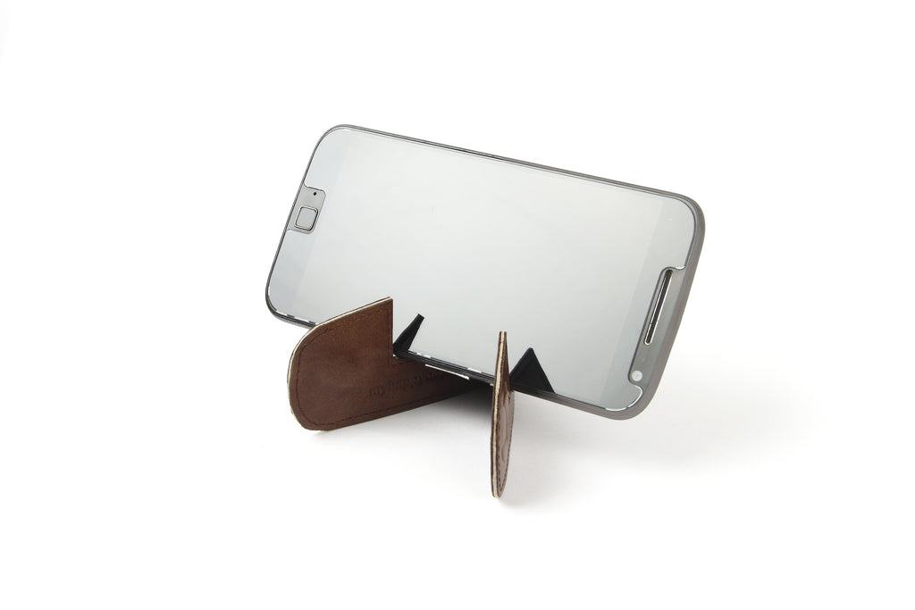 Magnetic bookmark and mobile stand - Brown