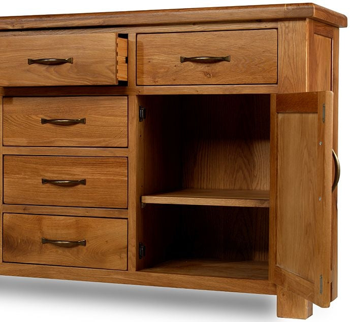 Earlswood Oak 6 Drawer 2 Door Large Sideboard