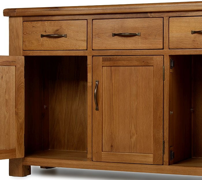 Earlswood Oak 3 Drawer 3 Door Sideboard