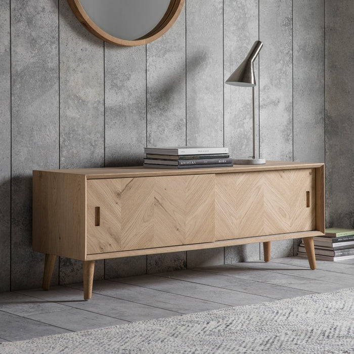 Milano Oak Media Unit