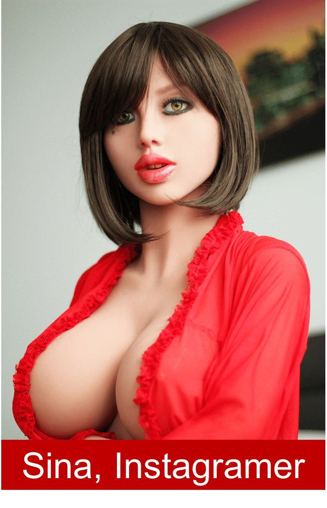 Sina Sex Doll Instagramer