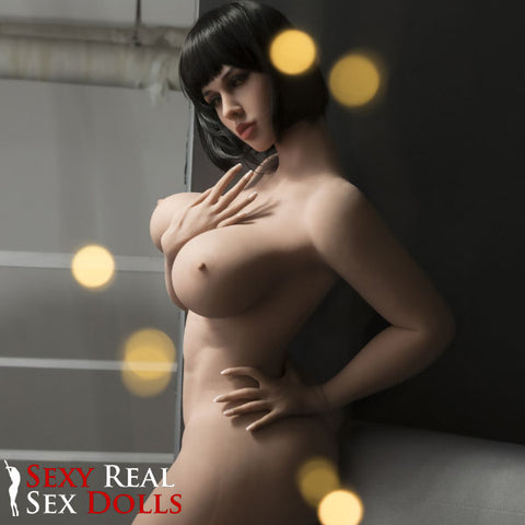 Snapping pussy sex dolls