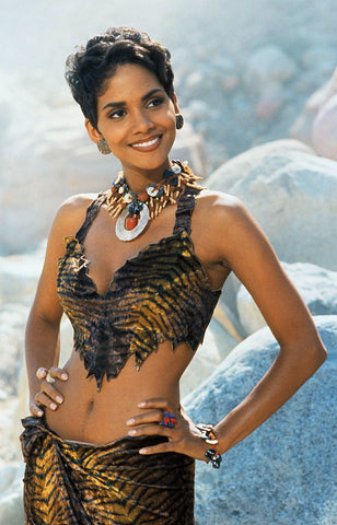 Bluebella Blog - Halle Berry