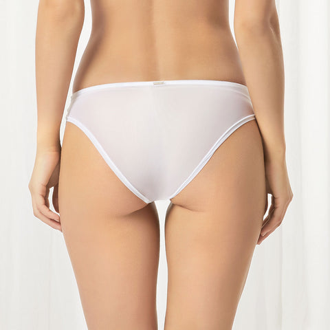 Laura Brief White