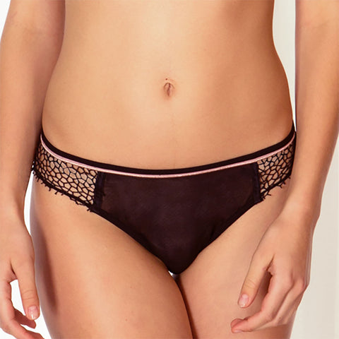 Valentina Brief