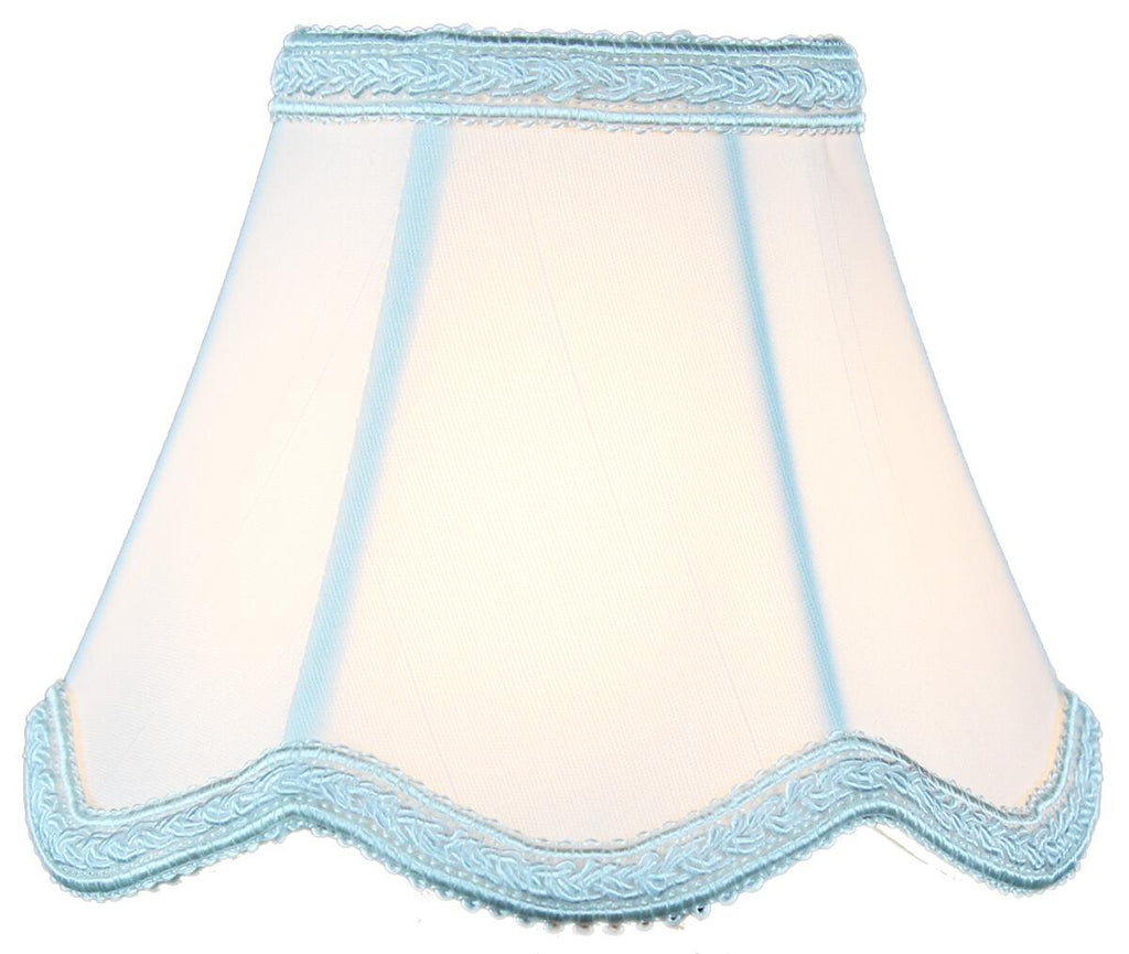 0-000918>2.5x5x4 Down White Scallop Stretch Clip-on Candelabra Lampshade