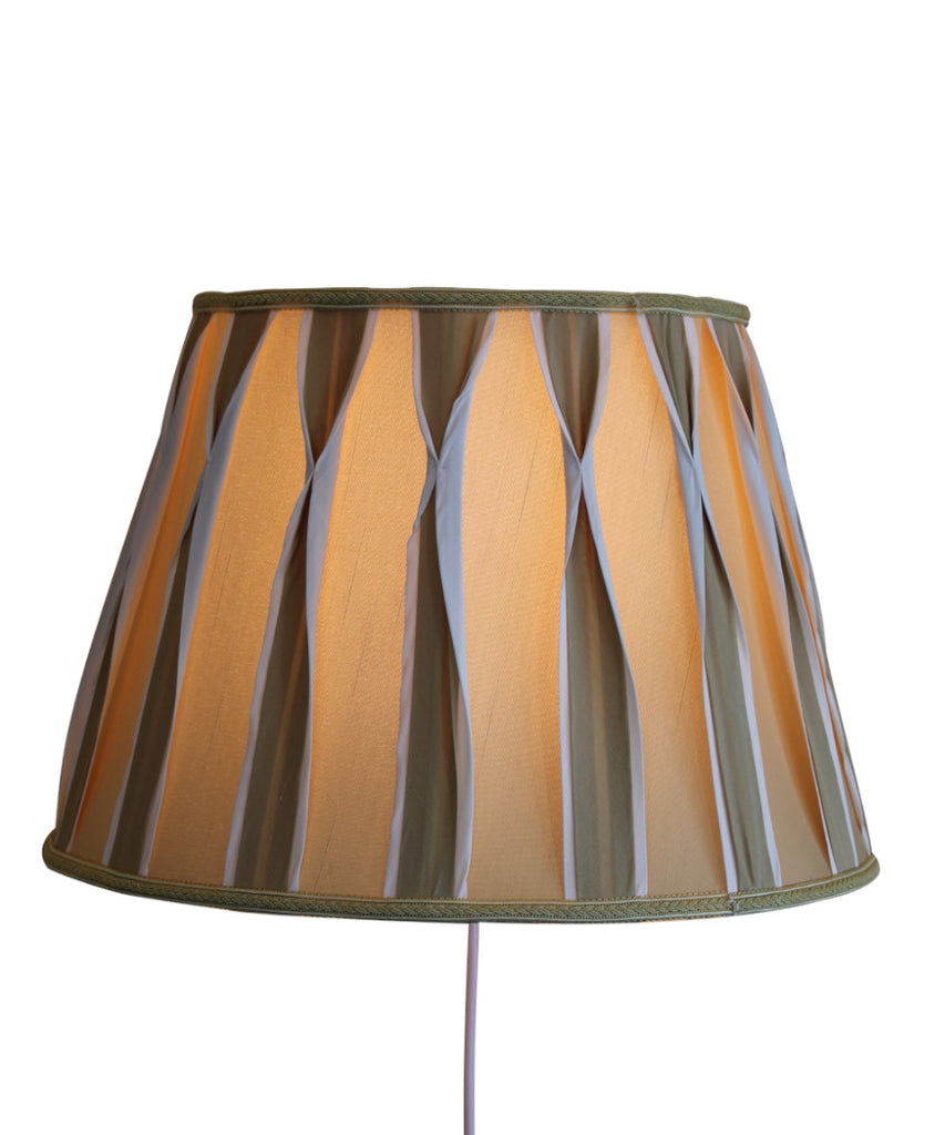 Floating Shade Plug-In Wall Light Beige/White Pinched Pleat Shantung Fabric 10x16x11
