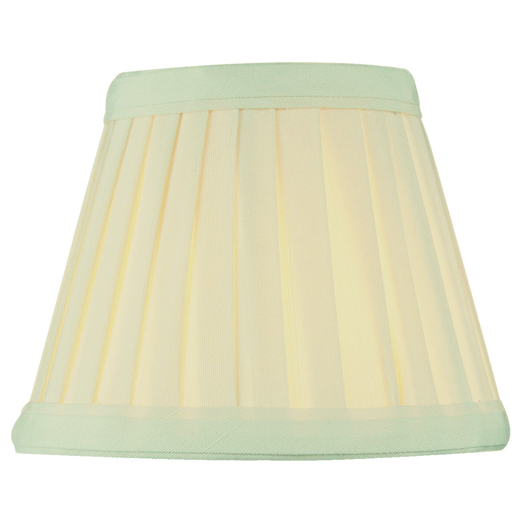 0-000455>3x5x4 Crisp Linen Pleated Clip-on Candelabra Lampshade