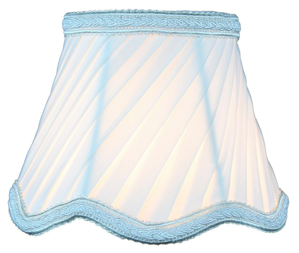 0-001453>3x5x4 Down White Pleated Twist Clip-on Candelabra Lampshade