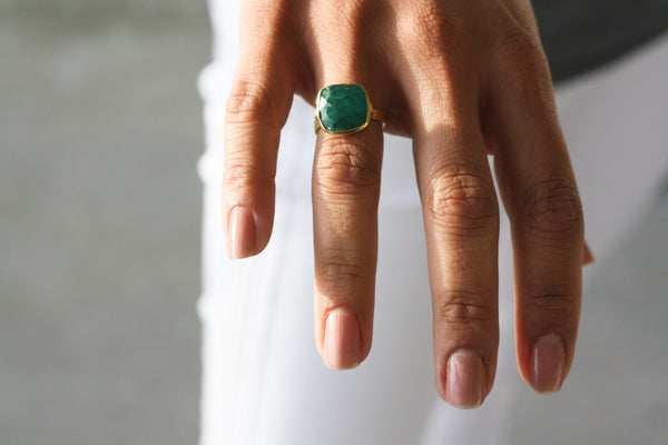 ONTARI EMERALD RING - Purple Lily