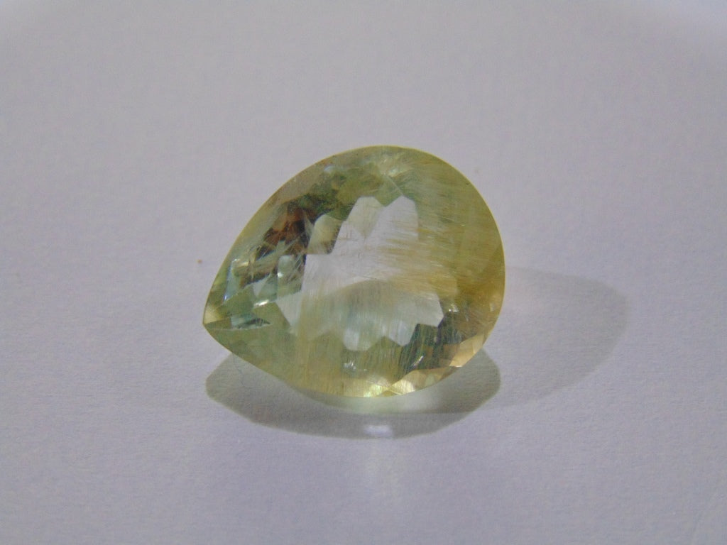 22ct Topaz With Rutile