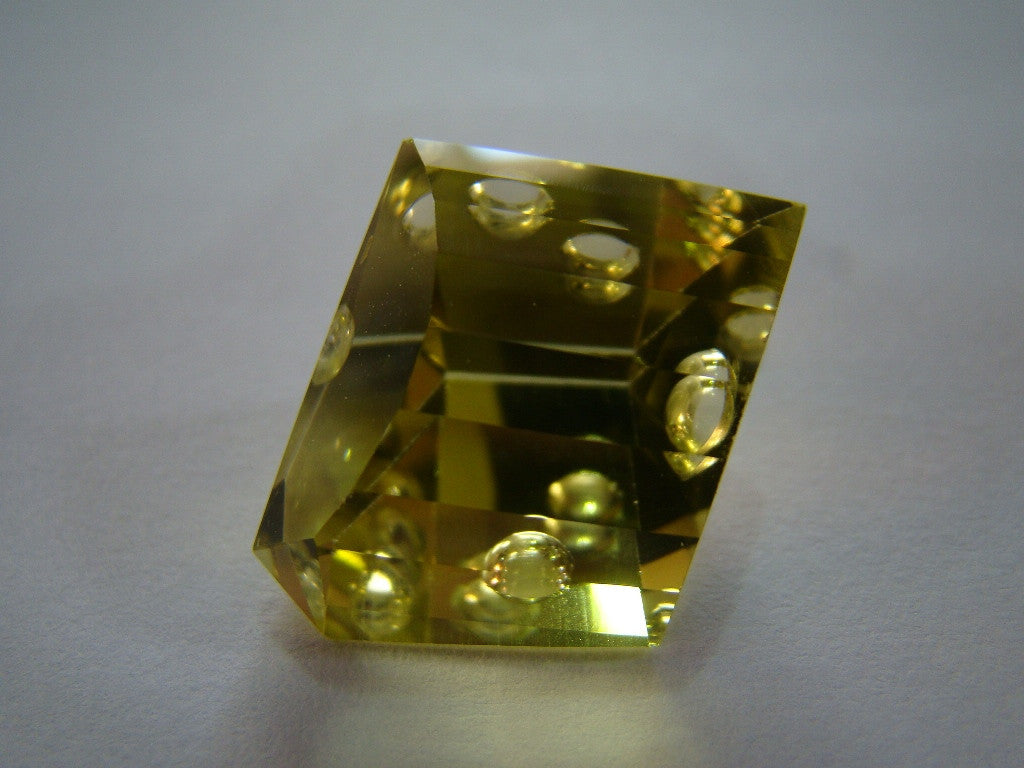 46.50ct Green Gold (Bubble Gems)