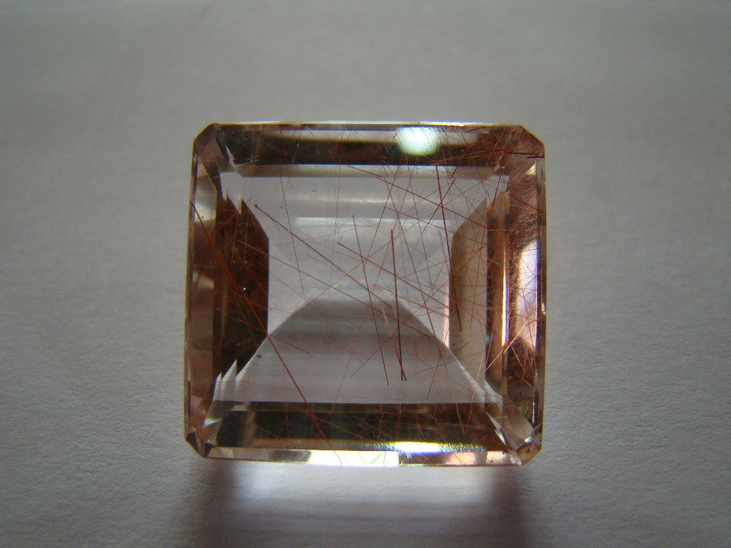 31ct Quartz (Inclusion)