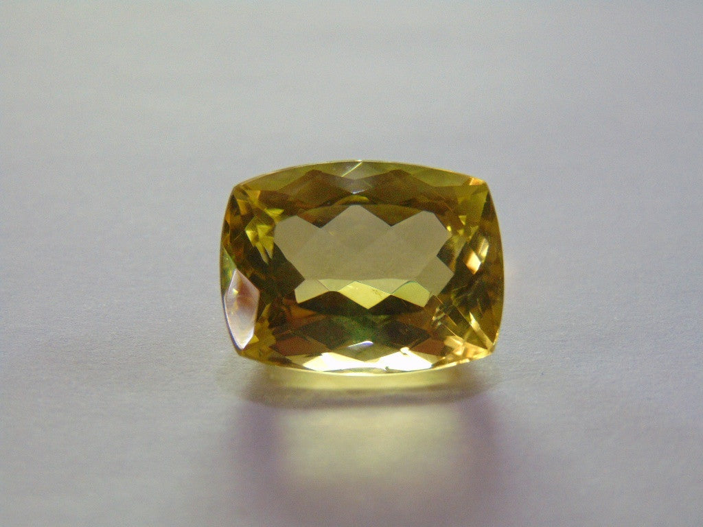 23.50ct Quartz (Green Gold)