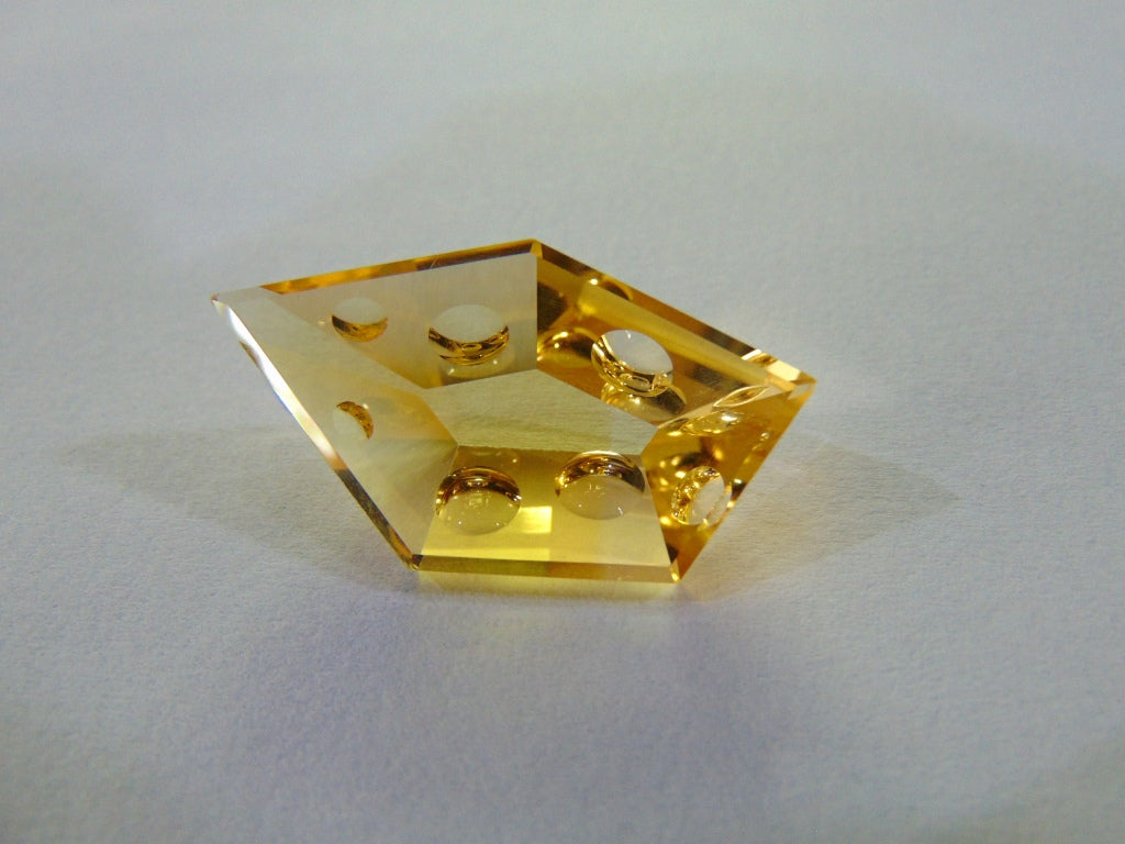 26ct Citrine (With Bubbles)