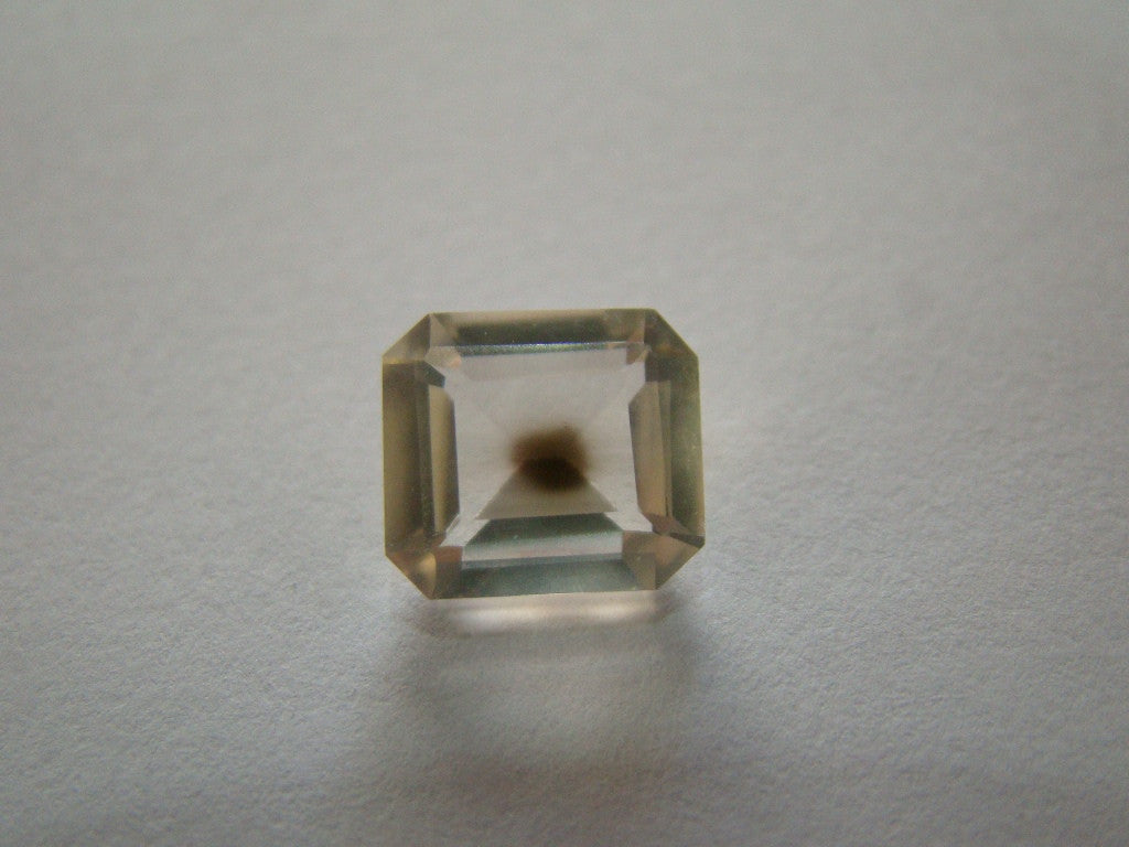 4ct Quartz (Inclusion)