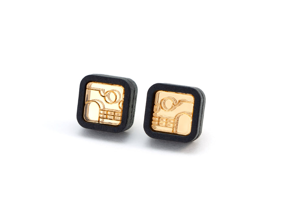FORM052 KIMI Stud Earrings - Gold