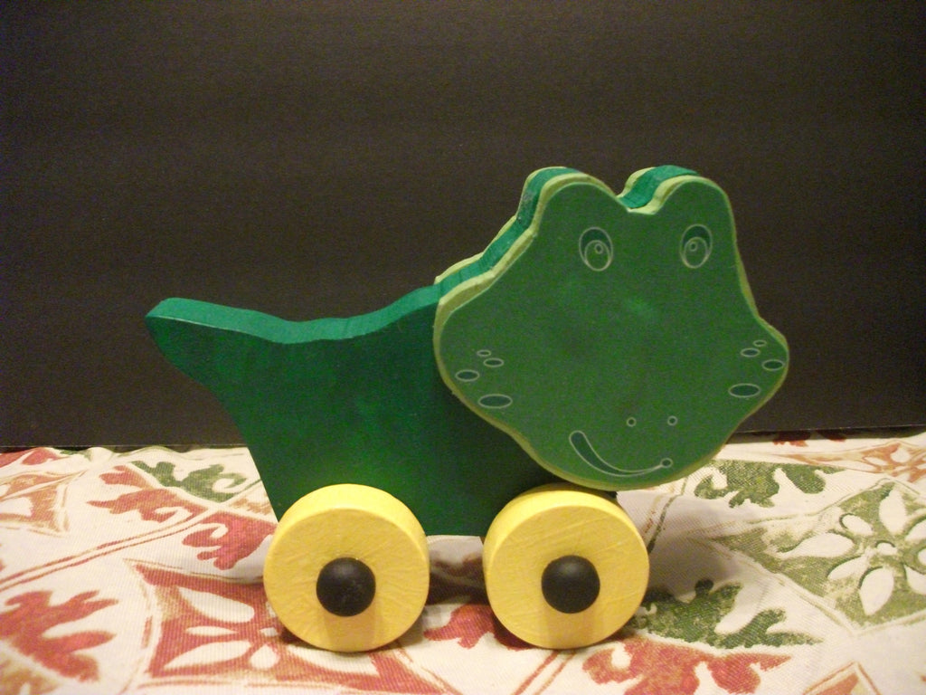 CUTE PAINTED PUSH TOY CROCODILE ALI