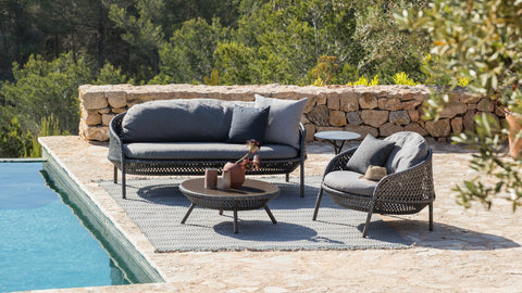 Ahnda - Outdoor Furniture