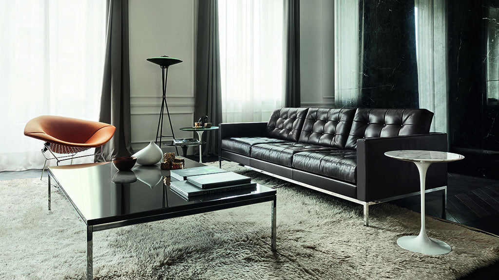Knoll Livingroom Leather Sofa