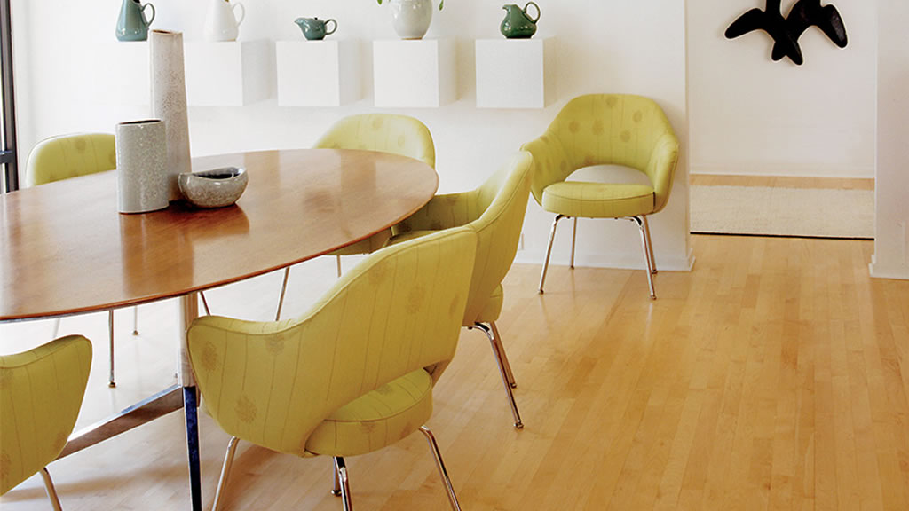 Knoll Table