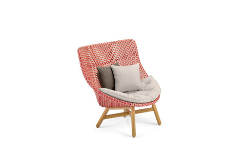 MBRACE WING BACK LOUNGE CHAIR by Dedon