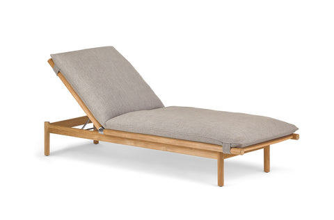 TIBBO BEACH LOUNGER by Dedon