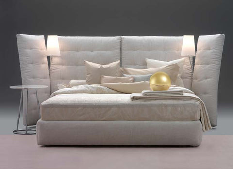 Angle Bed by Flou