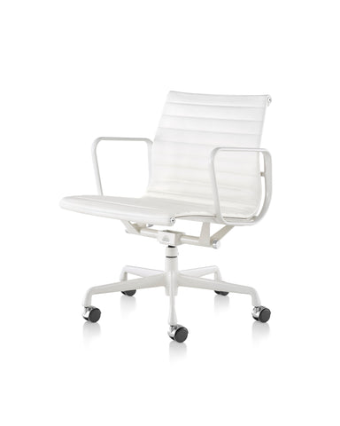 Eames  Aluminum Management Chairs by Herman Miller