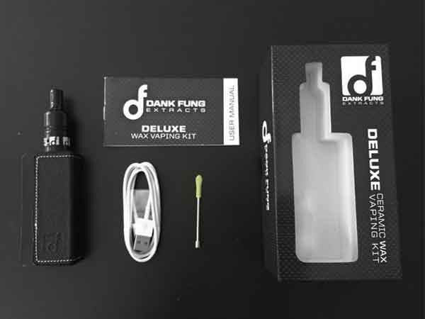 THE DELUXE VAPORIZER • BLACK