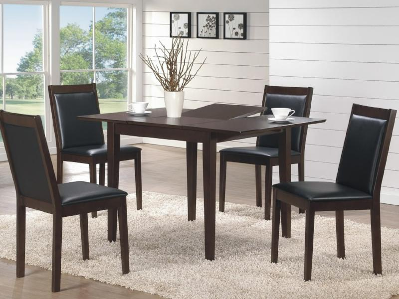 Alberto Table 4 Chairs