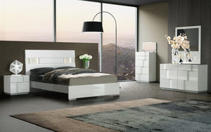 Raeez Queen Bedroom Set