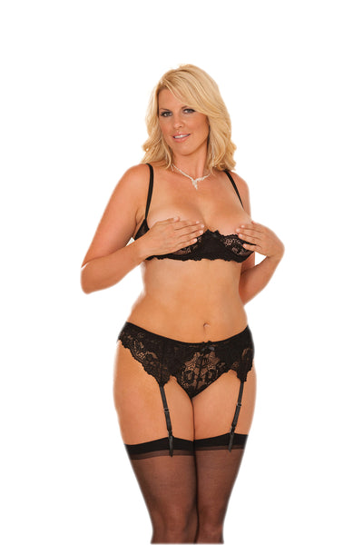 HotSpotLingerie.com Plus Size Cupless Lace Bra Set With Thong