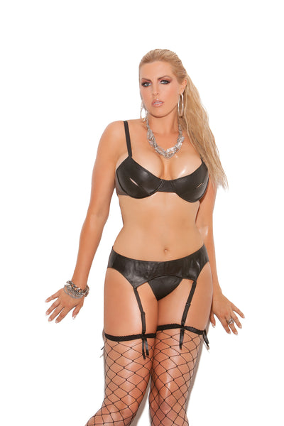 HotSpotLingerie.com Plus size leather garter belt.
