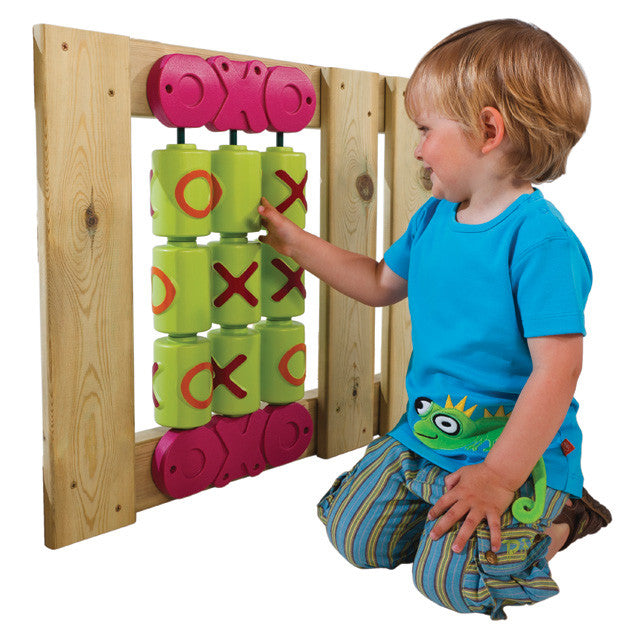 OXO game for wooden climbing frames
