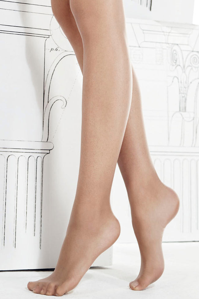 Beauty 10 Den Ultra-matte Pantyhose with Mobilon 3D