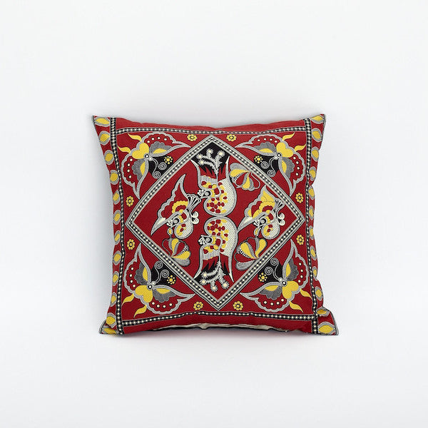 "18"" Print Pillow Cover, Intimacy"