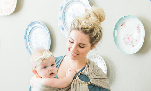 5 Hairstyles for Busy Moms That Make it Look Like You Tried