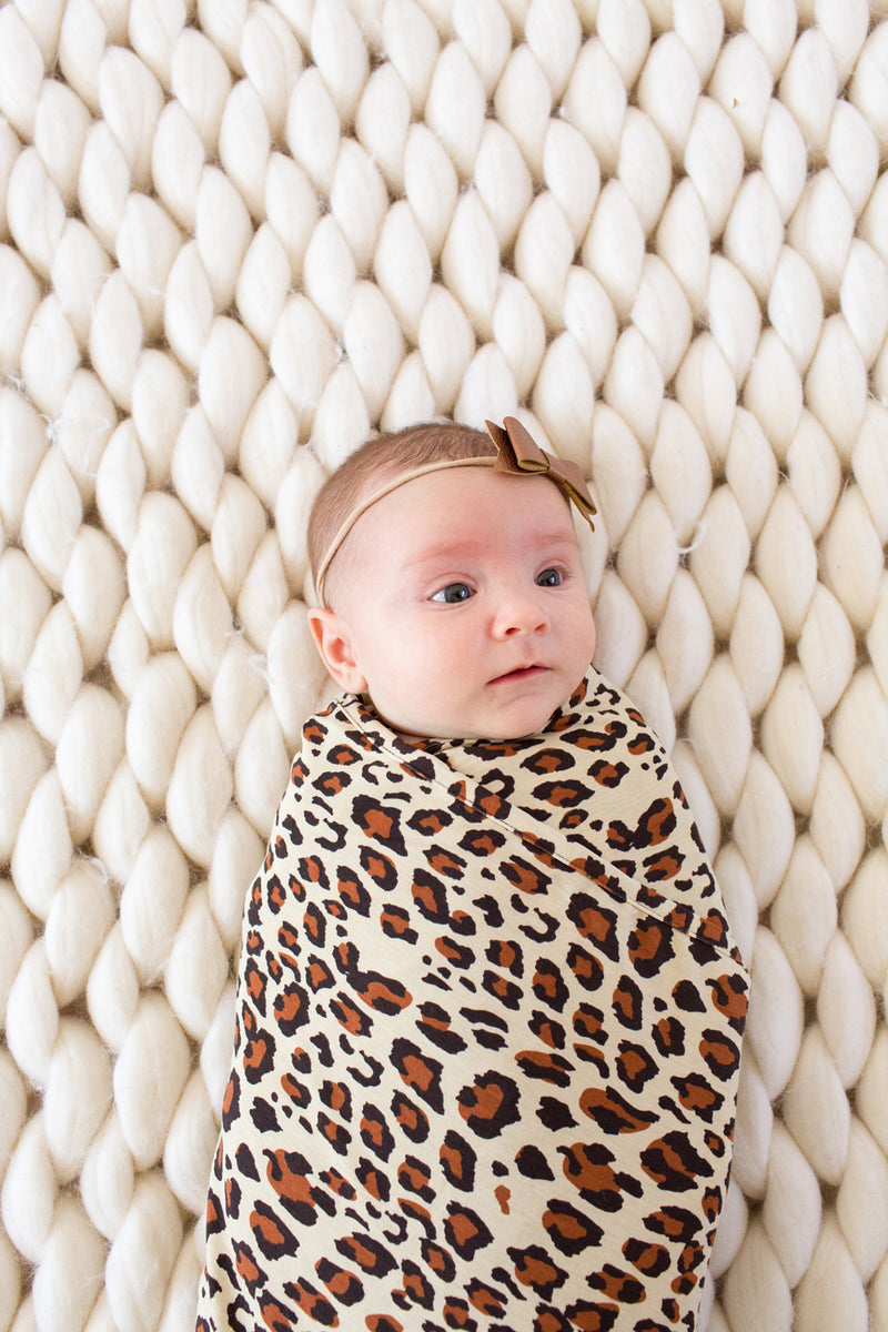 Leo | SWADDLE - Dwell and Slumber house dress gold snaps