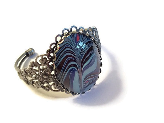 fashion jewelry bracelet blue, black and pink abstract