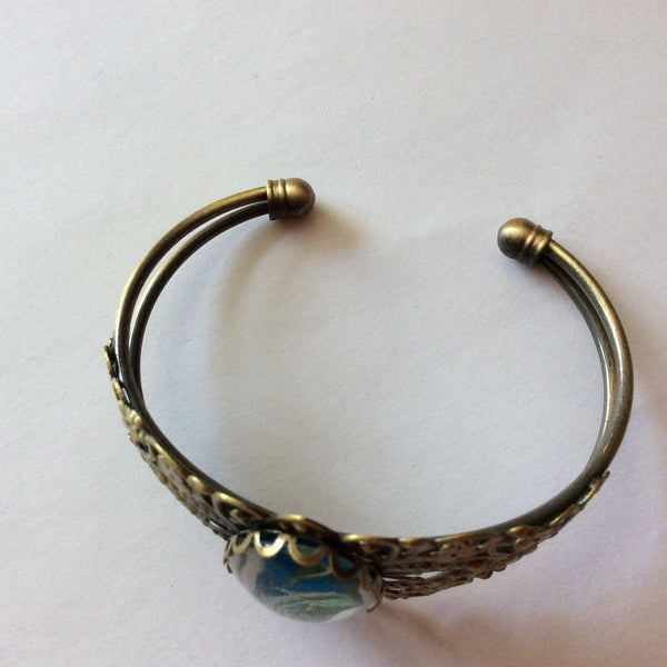 fashion jewelry bracelet blue, white and green