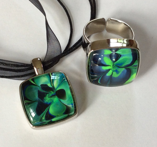 Pendant Necklace and Ring Set, Bright Green, Blue and Black