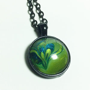 Round Pendant Necklace, Tiny Green Heart-Jewelry-Fullamoon Designs
