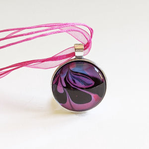 Pink marbled necklace
